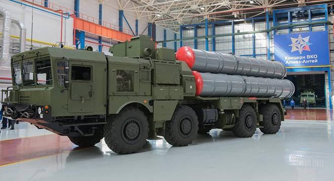 Quốc gia X mua 2 tổ hợp tên lửa S-400: Bán bao nhiêu gạo, bao nhiêu dầu? - Ảnh 2.