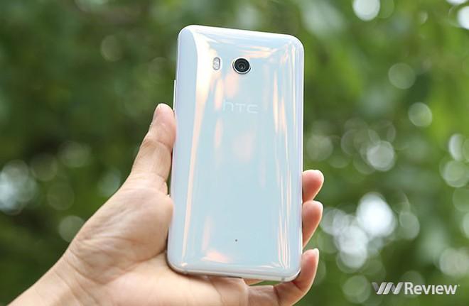 6 smartphone HTC đáng mua dịp cận Tết - Ảnh 1.