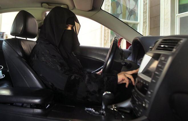 Thái tử Arab Saudi chấn hưng đất nước bằng liệu pháp sốc - Ảnh 1.