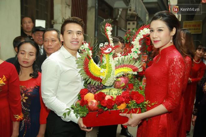 Điểm danh dàn trai Vbiz chưa vợ siêu hot trong đội bê tráp ăn hỏi của Khắc Việt - Ảnh 6.