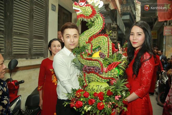 Điểm danh dàn trai Vbiz chưa vợ siêu hot trong đội bê tráp ăn hỏi của Khắc Việt - Ảnh 7.