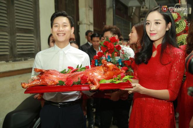 Điểm danh dàn trai Vbiz chưa vợ siêu hot trong đội bê tráp ăn hỏi của Khắc Việt - Ảnh 8.