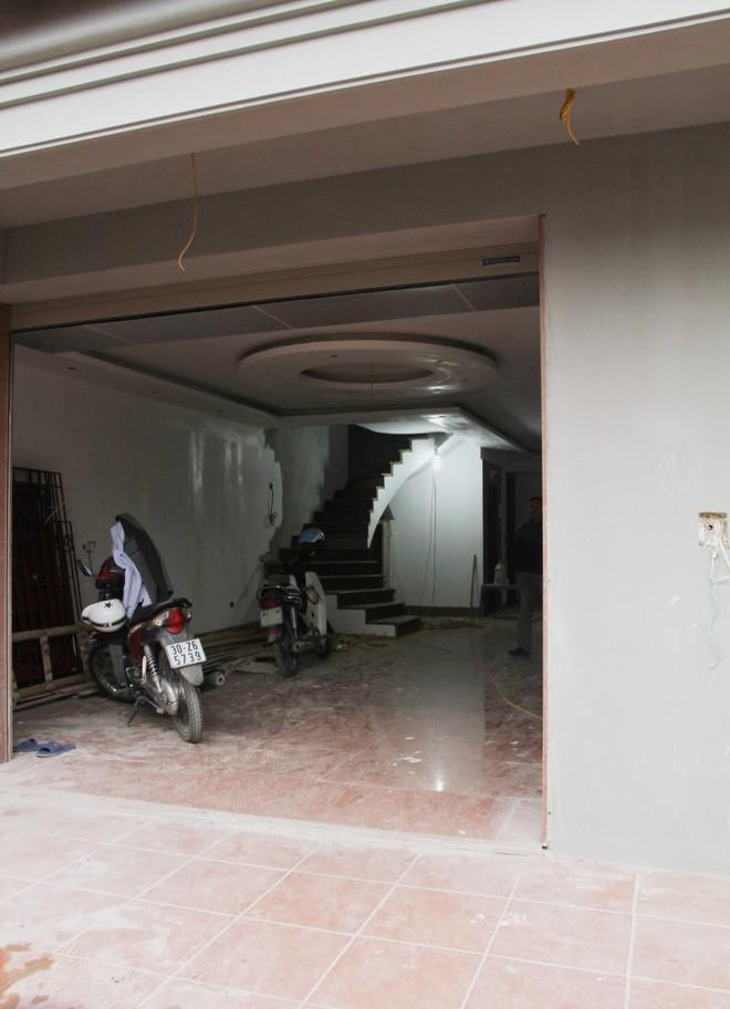 Bên trong căn biệt thự của ông Nguyễn Thanh Hóa.