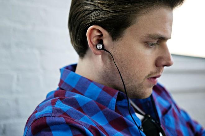 4 lưu ý khi dùng tai nghe nếu không muốn thính lực giảm sút - Ảnh 3.