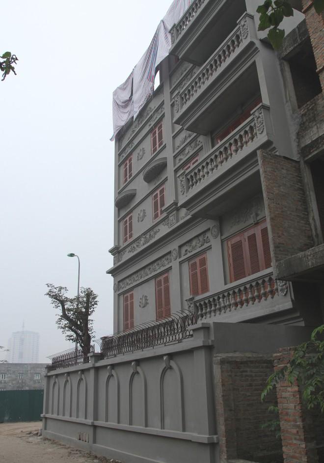 Một góc của căn biệt thự gia đình ông Nguyễn Thanh Hóa.