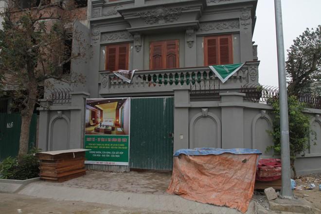 Mặt trước căn biệt thự của gia đình ông Nguyễn Thanh Hóa.