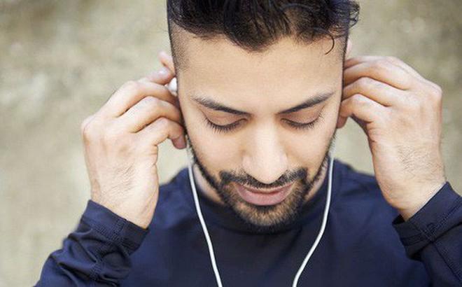 4 lưu ý khi dùng tai nghe nếu không muốn thính lực giảm sút