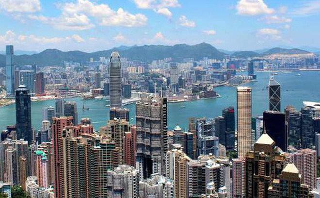 Gần 10.000 người Hồng Kông nộp đơn mua 750 căn hộ