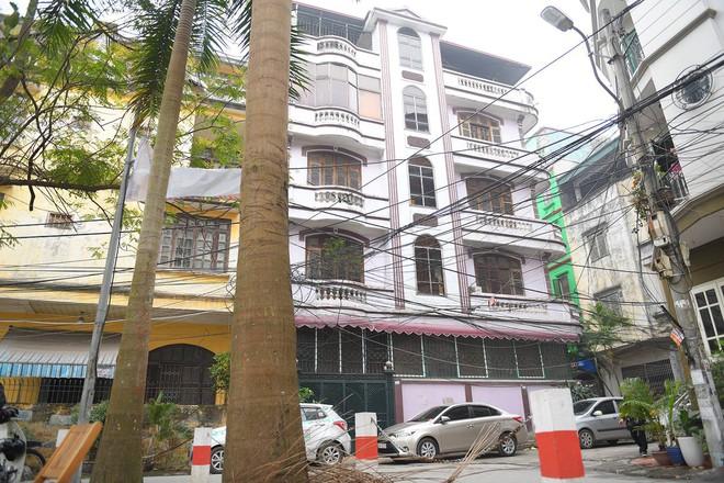 Cận cảnh ngôi nhà của ông Nguyễn Thanh Hoá ở Chùa Láng - Ảnh 3.
