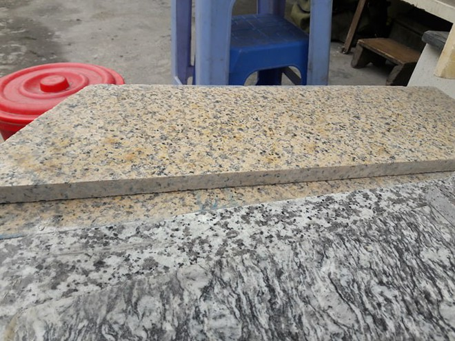 Đá granite Bình Định được tư vấn lát vỉa hè Hồ Gươm có giá cực đắt - Ảnh 1.