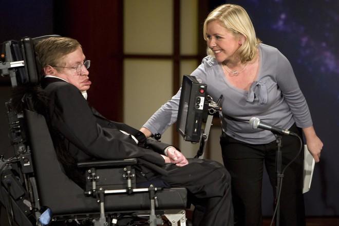 Vì sao Stephen Hawking - nhà khoa học đang khiến cả thế giới khóc thương lại được tôn vinh là thiên tài? - Ảnh 4.