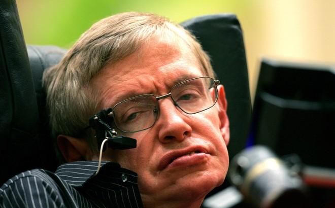 """""""Thiên tài vật lý"""" Stephen Hawking qua đời ở tuổi 76"""
