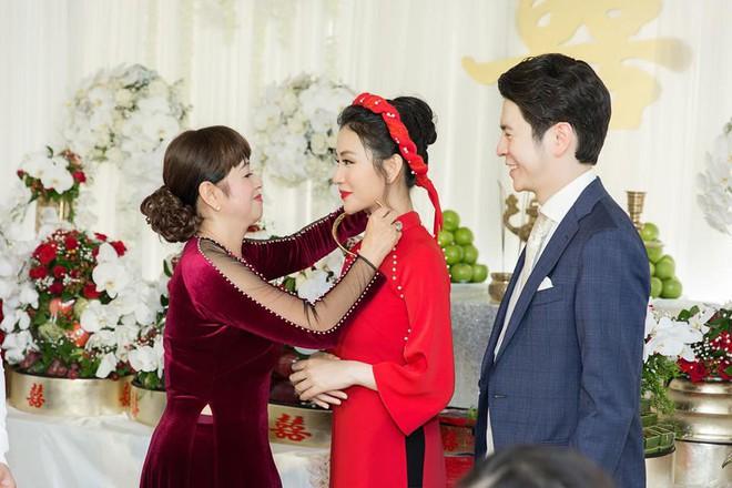 Mai Hồ công khai loạt khoảnh khắc ngọt ngào với chồng sắp cưới trong lễ đính hôn - Ảnh 3.