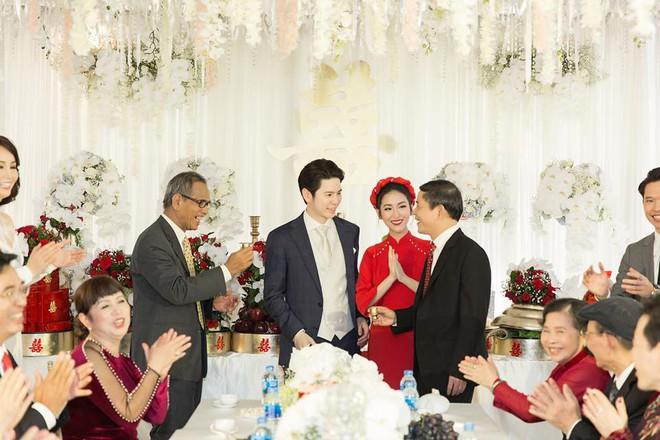 Mai Hồ công khai loạt khoảnh khắc ngọt ngào với chồng sắp cưới trong lễ đính hôn - Ảnh 5.
