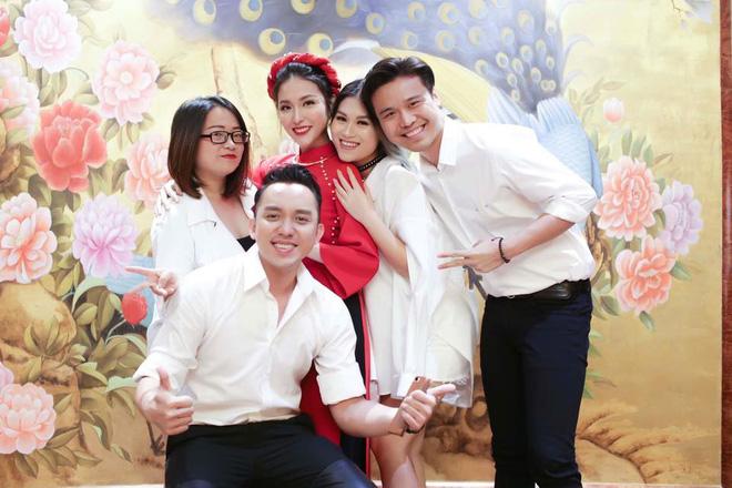 Mai Hồ công khai loạt khoảnh khắc ngọt ngào với chồng sắp cưới trong lễ đính hôn - Ảnh 9.