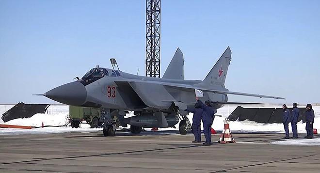 Tên lửa Kinzhal - con ngáo ộp Nga sẽ đại bại dưới tay phòng không Mỹ-Israel? - Ảnh 1.