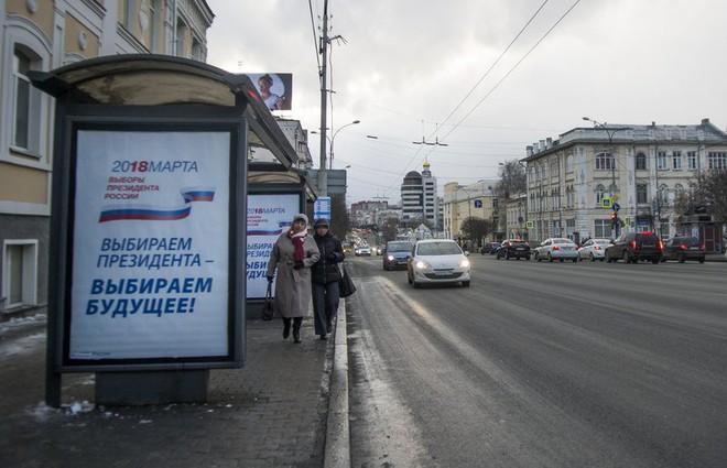 [CẬP NHẬT] Tổng tuyển cử Nga 2018: Ukraine tăng cường vệ binh ngăn công dân Nga đi bỏ phiếu - Ảnh 2.