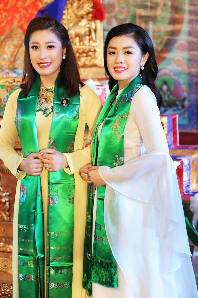 Sao Mai Thu Hằng trong trẻo, thoát tục hát nhạc Phật - Ảnh 5.
