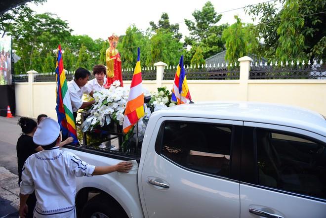 Di quan linh cữu nguyên Thủ tướng Phan Văn Khải về Hội trường Thống Nhất - Ảnh 17.