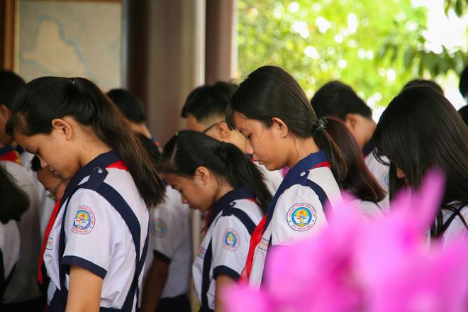 Di quan linh cữu nguyên Thủ tướng Phan Văn Khải về Hội trường Thống Nhất - Ảnh 9.