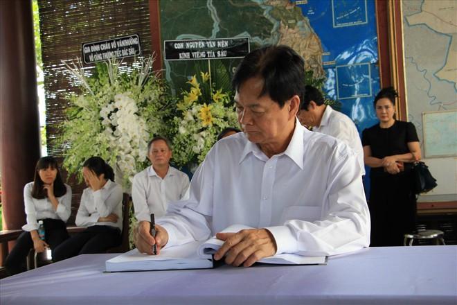 Nguyên Thủ tướng Nguyễn Tấn Dũng: Cả cuộc đời anh Sáu vì nước, vì dân - Ảnh 1.