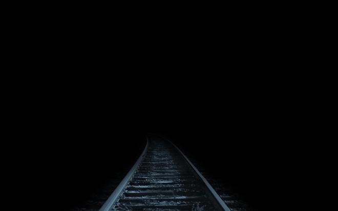 Tiếng hét thất thanh và giây phút gieo mình tự vẫn của người đàn ông trên chuyến tàu đêm - Ảnh 4.