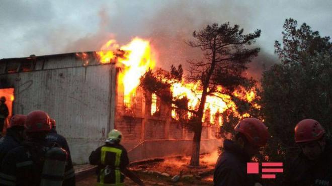 Nóng: Bà hỏa thiêu rụi trung tâm cai nghiện ở Azerbaijan, ít nhất 30 người thiệt mạng - Ảnh 3.