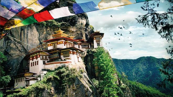 Ngày Quốc tế hạnh phúc: Câu chuyện về Bhutan và những con người luôn nhìn đời bằng ánh mắt lạc quan - Ảnh 1.