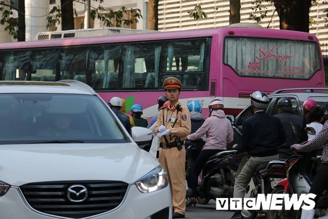 Danh sách các tuyến đường cấm khu vực tổ chức lễ tang nguyên Thủ tướng Phan Văn Khải - Ảnh 2.
