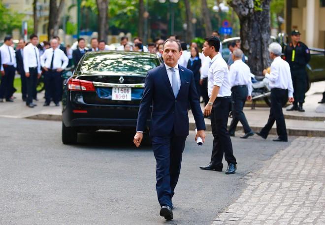 Nhiều đoàn ngoại giao đến viếng cố Thủ tướng Phan Văn Khải - Ảnh 3.