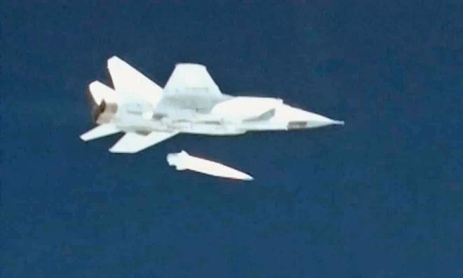 Kh-47M2 Kinzhal không phải là tên lửa hành trình như Nga vẫn công bố? - Ảnh 2.