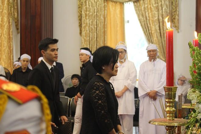 Nhiều đoàn ngoại giao đến viếng cố Thủ tướng Phan Văn Khải - Ảnh 4.