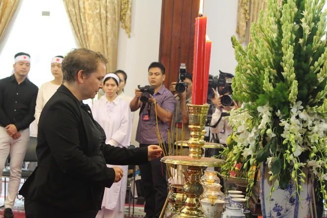 Nhiều đoàn ngoại giao đến viếng cố Thủ tướng Phan Văn Khải - Ảnh 5.