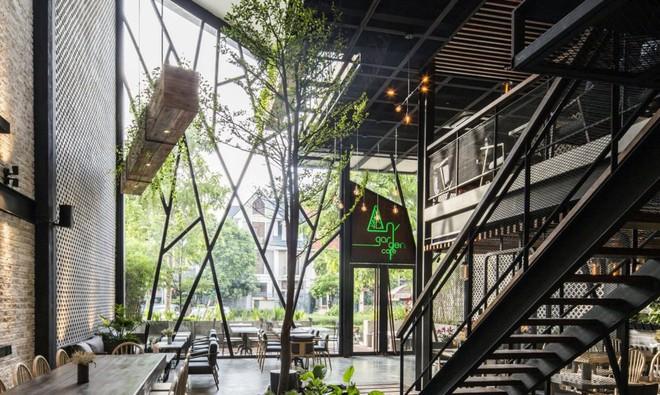 Quán cà phê Việt Nam được báo nước ngoài ví như vườn treo Babylon thời hiện đại - Ảnh 5.