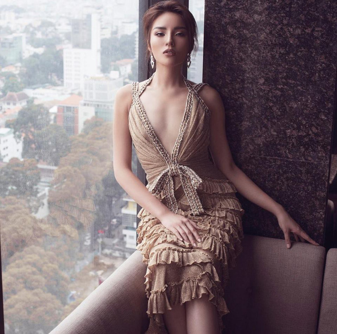 Nhan sắc ngày càng khác lạ của Hoa hậu Kỳ Duyên - Ảnh 4.