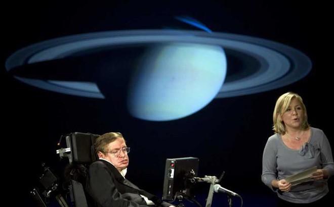 Stephen Hawking thay đổi tư duy về lỗ đen vũ trụ như thế nào?