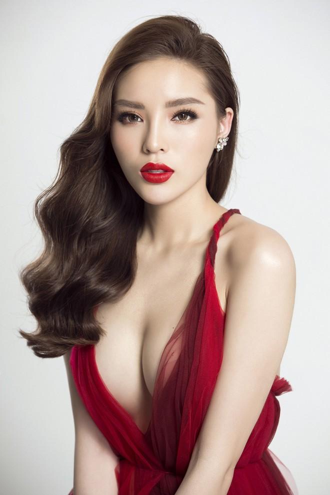 Hoa hậu Kỳ Duyên tung ảnh nóng bỏng sau nghi vấn phẫu thuật thẩm mỹ - Ảnh 2.