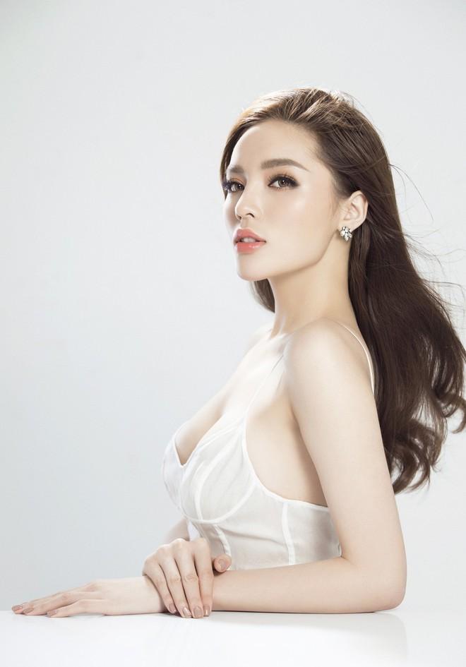 Hoa hậu Kỳ Duyên tung ảnh nóng bỏng sau nghi vấn phẫu thuật thẩm mỹ - Ảnh 9.
