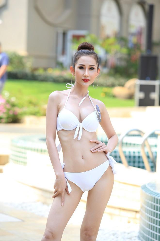 Thí sinh Người mẫu thời trang Việt Nam 2018 diện bikini quyến rũ - Ảnh 2.
