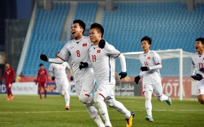 """Báo Trung Quốc lo đội nhà thua Việt Nam, kêu gọi dừng """"đốt tiền"""" vào bóng đá"""