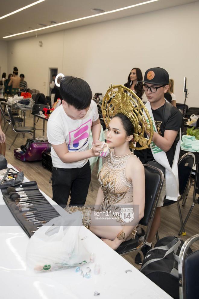 Độc quyền: Hương Giang chia sẻ cảm xúc từ Thái Lan, hé lộ hình ảnh hậu trường sau giải Tài năng tại đêm Bán kết - Ảnh 2.