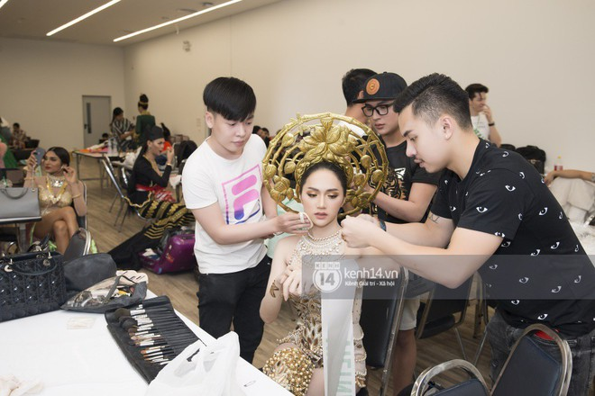 Độc quyền: Hương Giang chia sẻ cảm xúc từ Thái Lan, hé lộ hình ảnh hậu trường sau giải Tài năng tại đêm Bán kết - Ảnh 4.
