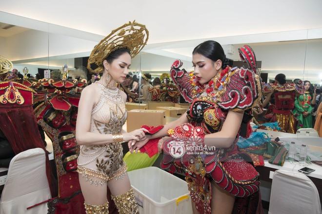 Độc quyền: Hương Giang chia sẻ cảm xúc từ Thái Lan, hé lộ hình ảnh hậu trường sau giải Tài năng tại đêm Bán kết - Ảnh 5.