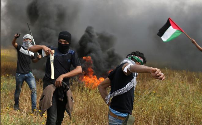 Dải Gaza: Xe tăng Israel bắn chết người Palestine, lính bắn tỉa IDF không ngừng nã đạn