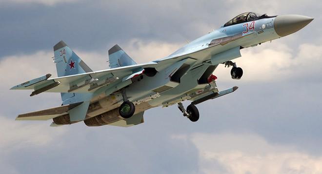 Việt Nam có nên sử dụng cả Su-30SM lẫn Su-35S như Không quân Nga? - Ảnh 2.