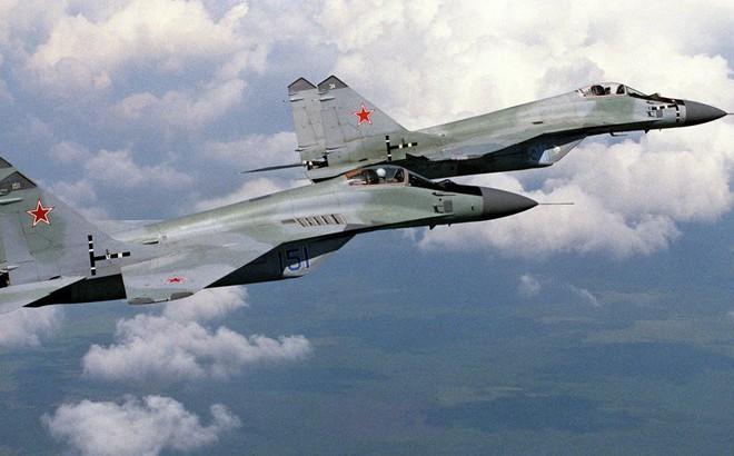 """Được Nga """"bơm"""" thêm 21 tiêm kích MiG-29, Ấn Độ như mở cờ trong bụng"""