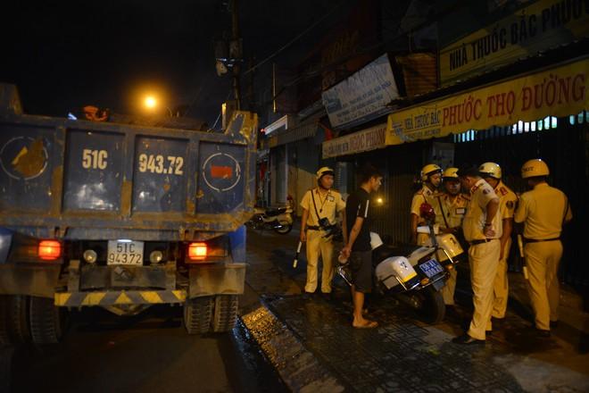 Tài xế xe ben tông hàng loạt xe máy khiến 6 người thương vong ở Sài Gòn âm tính với ma túy - Ảnh 1.