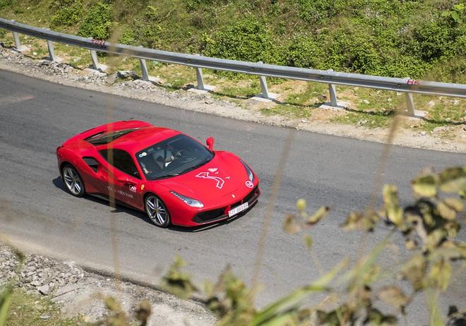 Mãn nhãn xem dàn siêu xe Car & Passion 2018 ôm cua tay áo vượt Ô Quy Hồ - Ảnh 9.