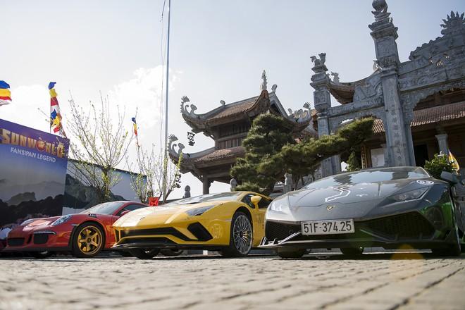 Mãn nhãn xem dàn siêu xe Car & Passion 2018 ôm cua tay áo vượt Ô Quy Hồ - Ảnh 16.