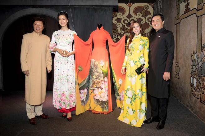 Bà mẹ 3 con Thu Hoài nổi bật, tự tin đọ sắc cùng Thùy Dung - Ảnh 4.